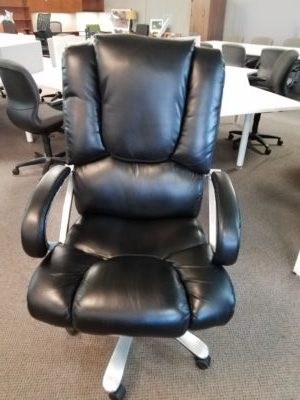 pre owned big tall leather executive chair boss office products