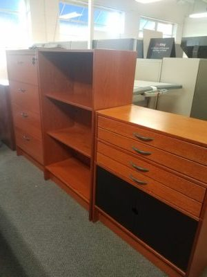 Pre Owned 3 Piece File Cabinet Bookshelf Drawer Unit Boss